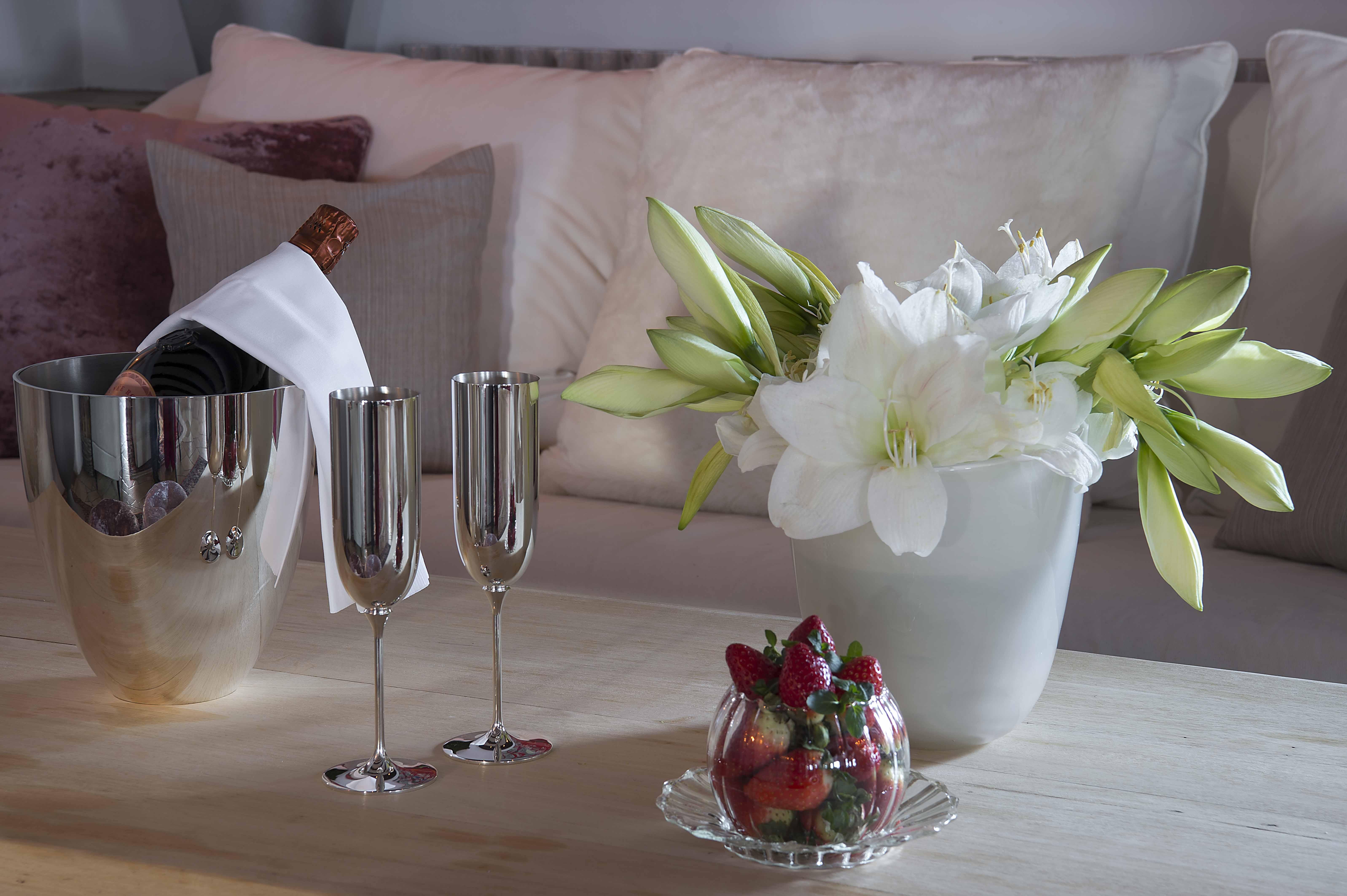Champagner und Blumen