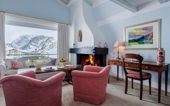 Junior Suite with fire place