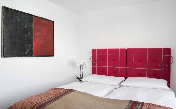 bedroom Suite with 2 bedrooms