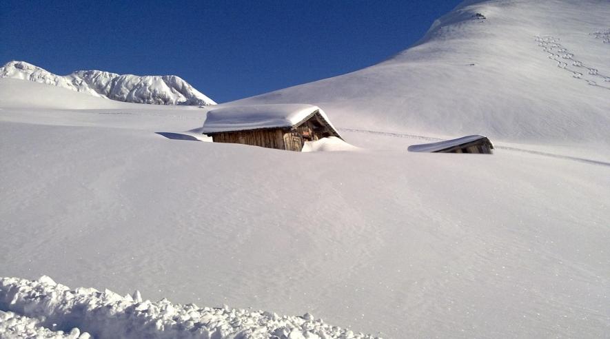 schnee hütte