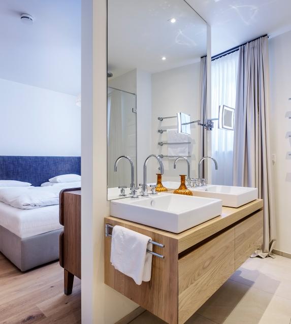 Thurnher's Residenes Apartment bathroom